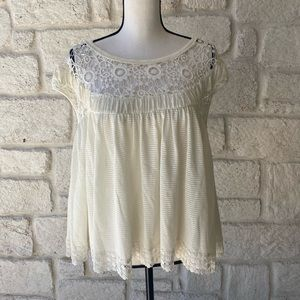 Free People White Lace Top / Size Small